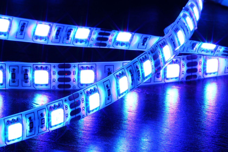 led-stripe-iii-wogi-fotolia-com